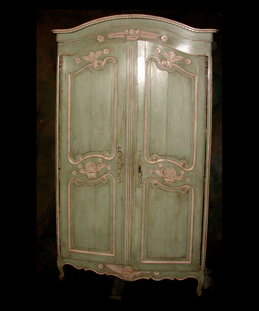 louis xv armoire french antique shop. Black Bedroom Furniture Sets. Home Design Ideas